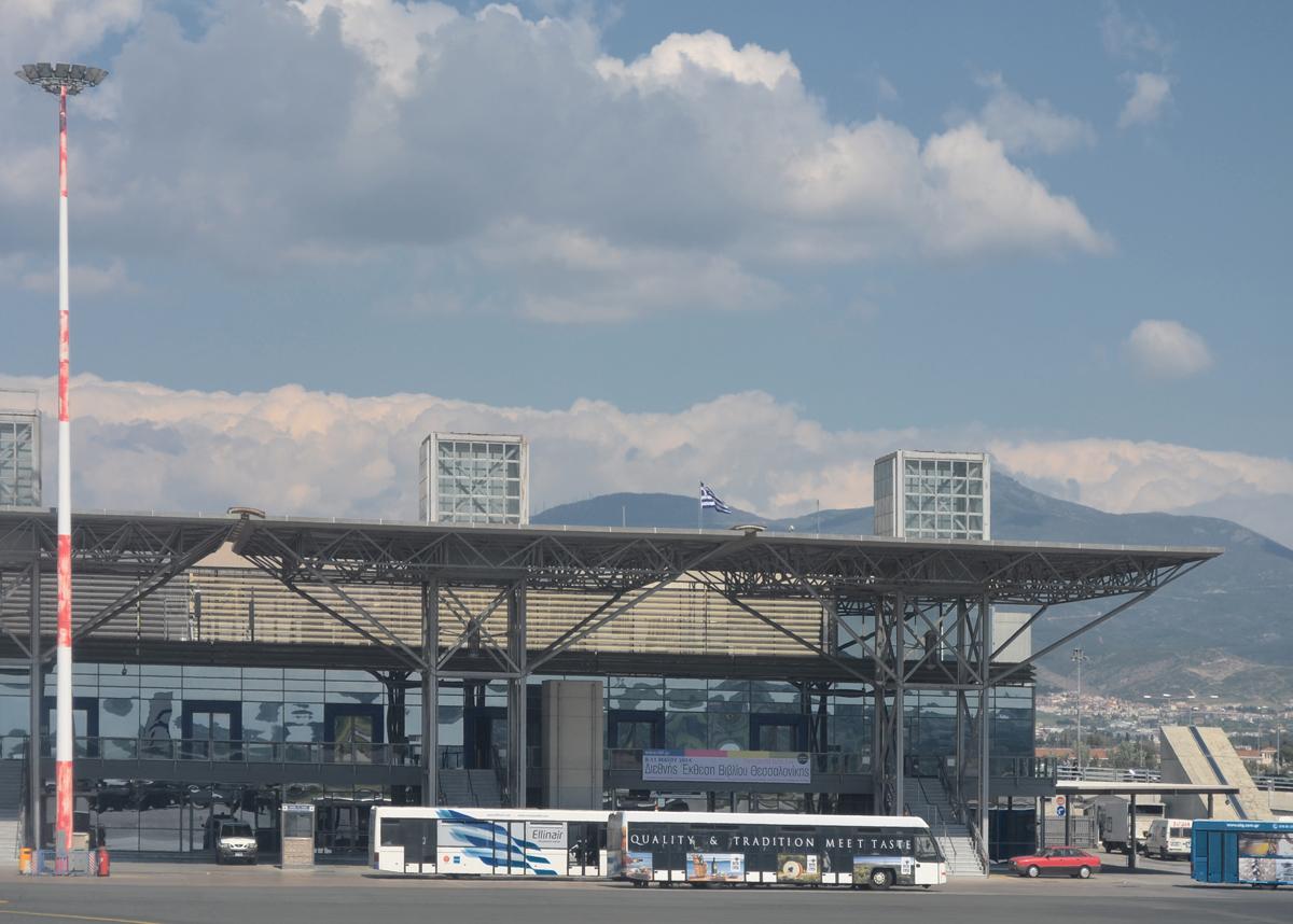 Αεροδρόμιο-Μακεδονία-μετανάστευση-Γερμανία